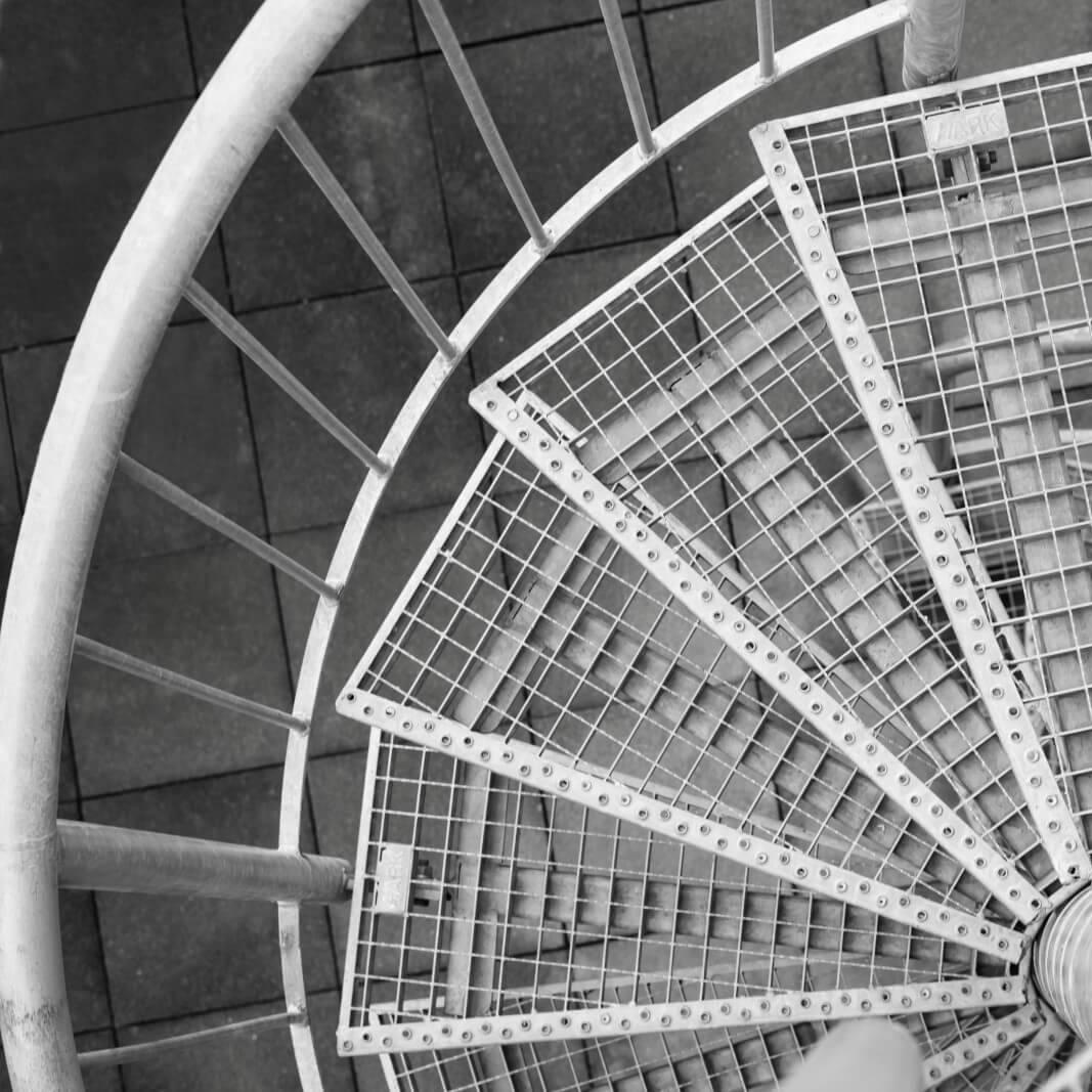 Escadas e Corrimão